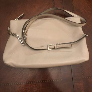 Handbags - Michael Kors crossbody